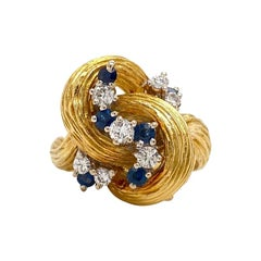 Solid 18 Karat Yellow Gold Natural Diamond and Sapphire Ring 10.4g