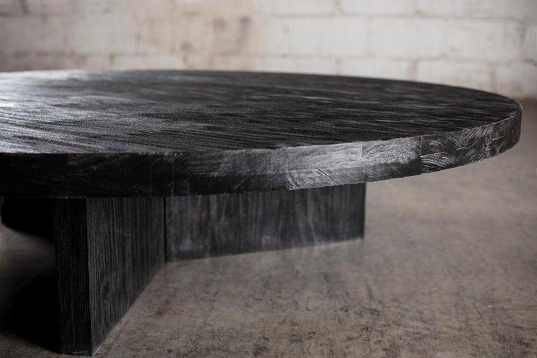 Solid Black Circular Coffee Table In New Condition For Sale In El Paso, TX