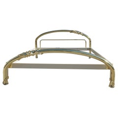 Solid Brass Curved Bed Italian Design 1970s Lipparini Made in Italy Gold