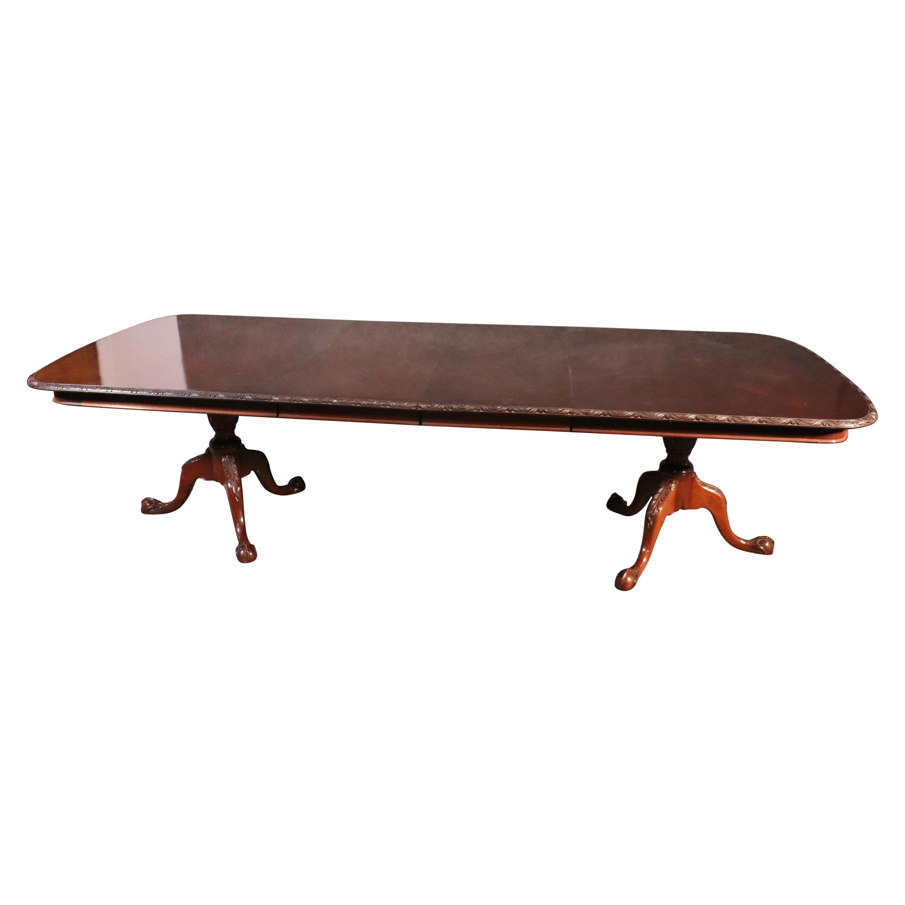 Solid Mahogany Georgian Chippendale Carved Dining Table with Two leaves