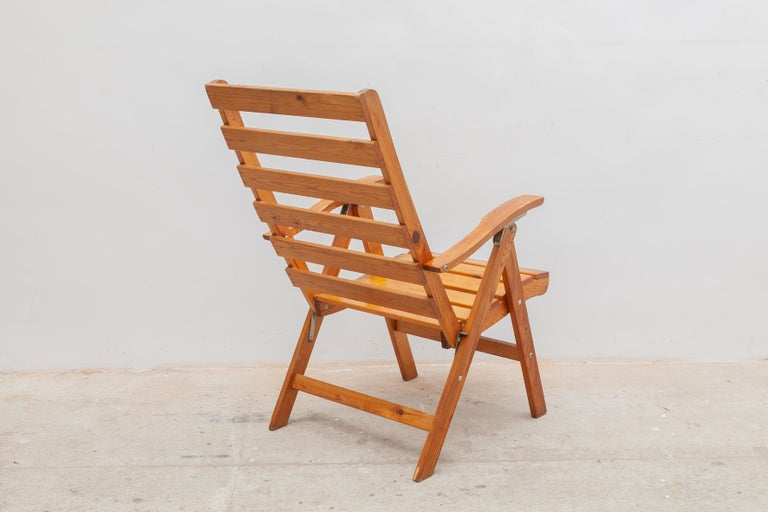 Solid Pine Slat Folding Outdoor Chairs, 1950s In Good Condition For Sale In Antwerp, BE
