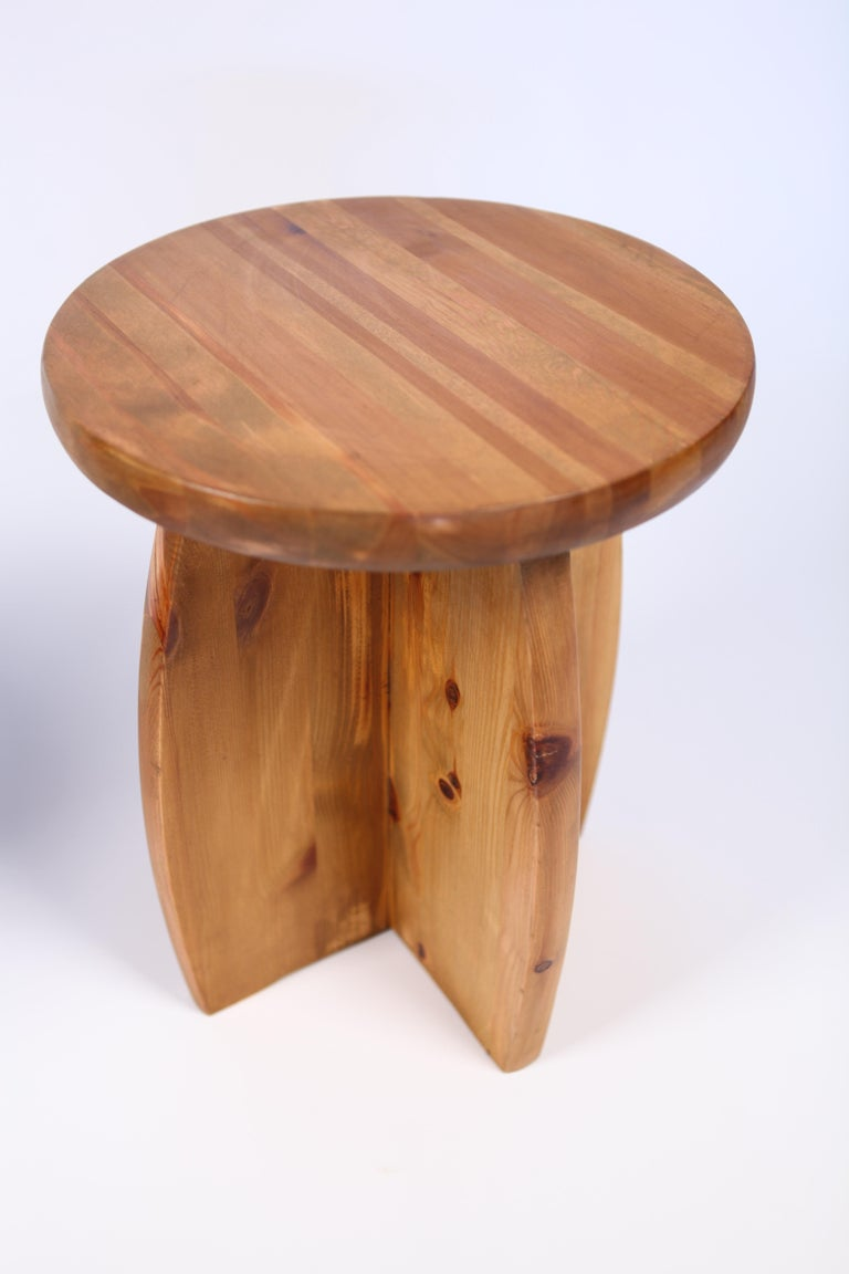 Solid Pine Stools, Sweden, 1950s In Good Condition For Sale In , DE