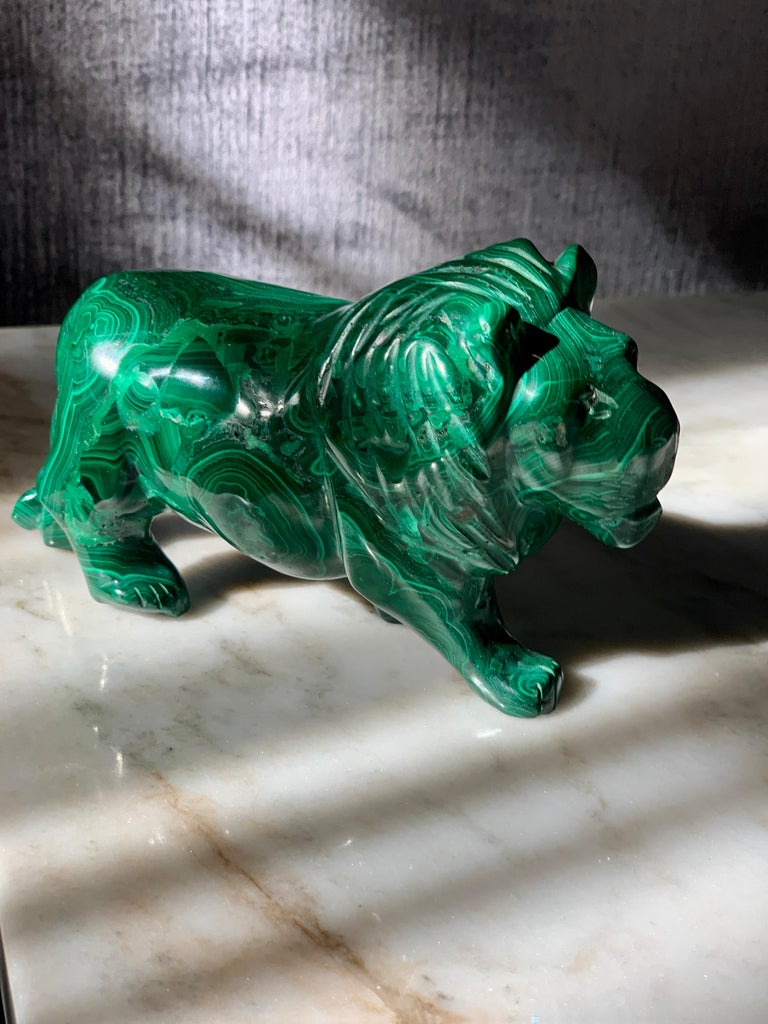 A Malachite lion - perfectly suited for a desk object / sculpture or paperweight. A perfect gift for anyone who loves organic, yet chic pieces.