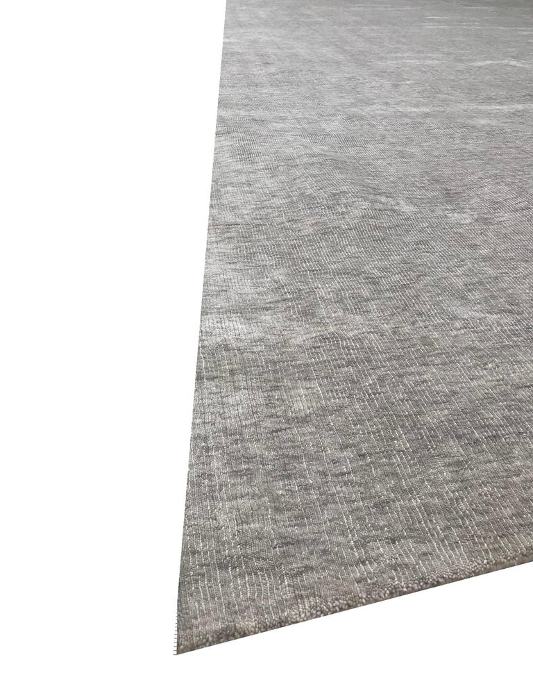 Indian Solid Silver Gray Bamboo Silk Rug with Textural Vertical Lines and no Pattern For Sale