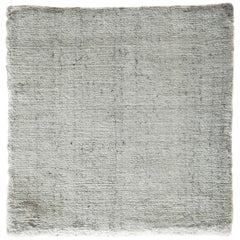 White and Silver Speckled Bamboo Silk Solid Hand-loomed Contemporary Tonal Rug