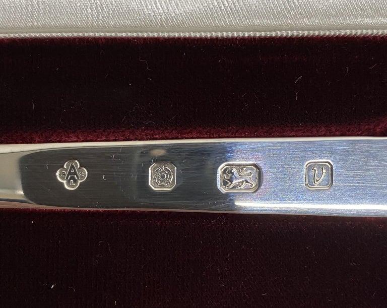 Solid Sterling Silver Asprey London 1995 Letter Opener in Original Velvet Box For Sale 2