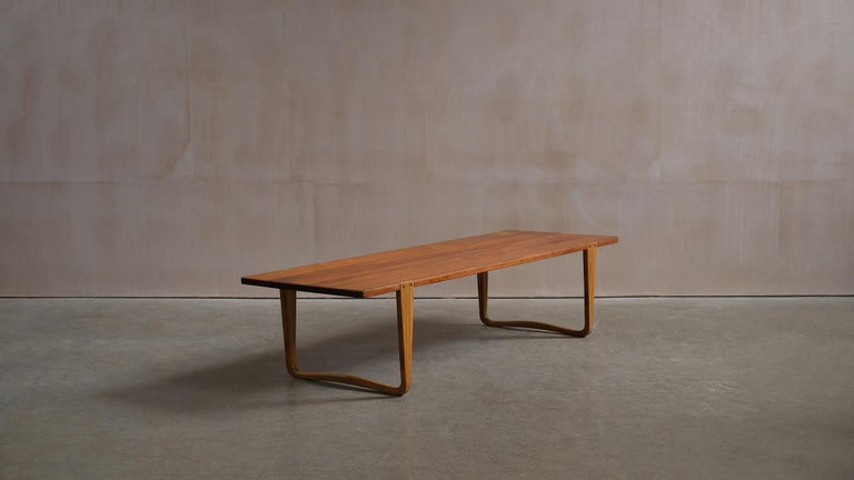 Solid teak and Ash Table / Bench by Michael Bloch In Good Condition For Sale In Epperstone, Nottinghamshire