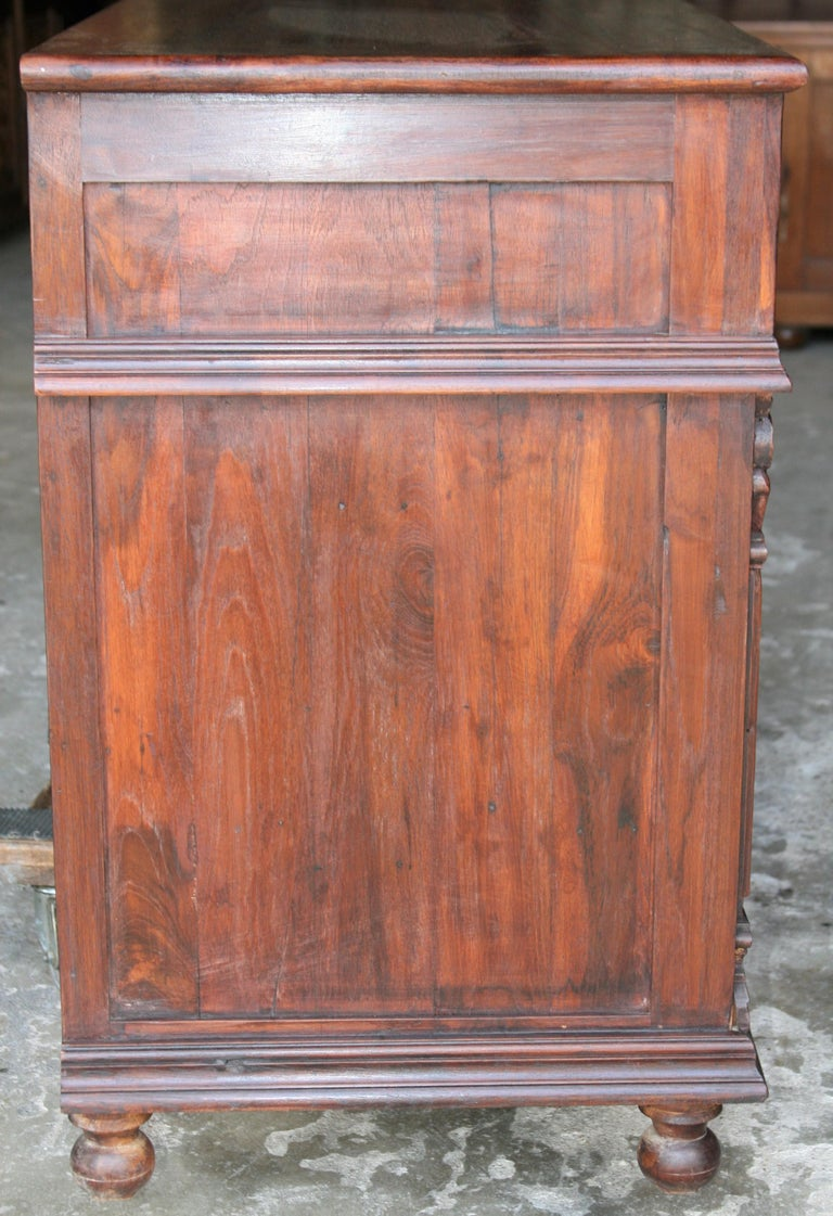 Solid Teak Wood Early 20th Century Superbly Crafted French Colonial Credenza For Sale 6