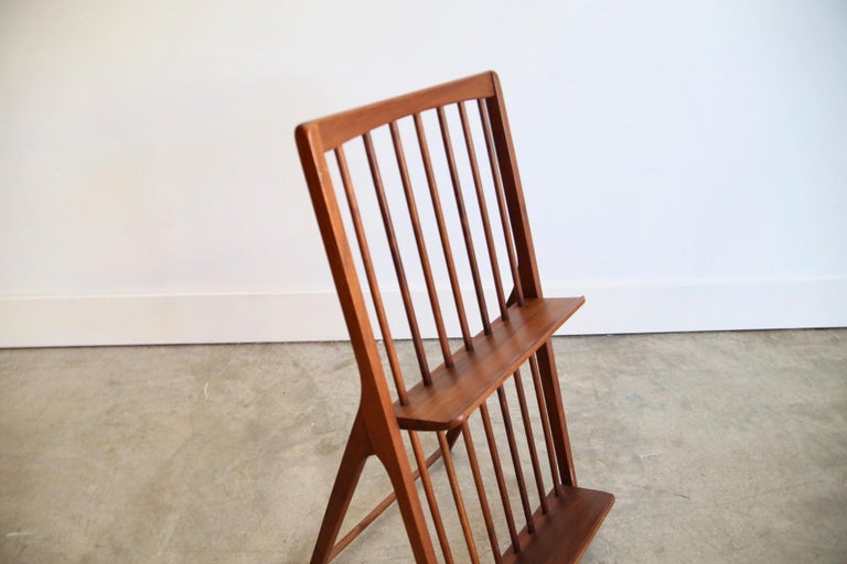 Solid Walnut Magazine Rack In Good Condition For Sale In St. Louis, MO