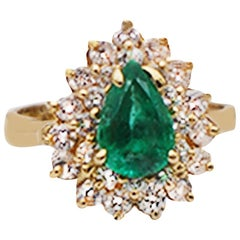 Colombian Emerald in Halo Diamond Ring 2.20 Carat Yellow Gold