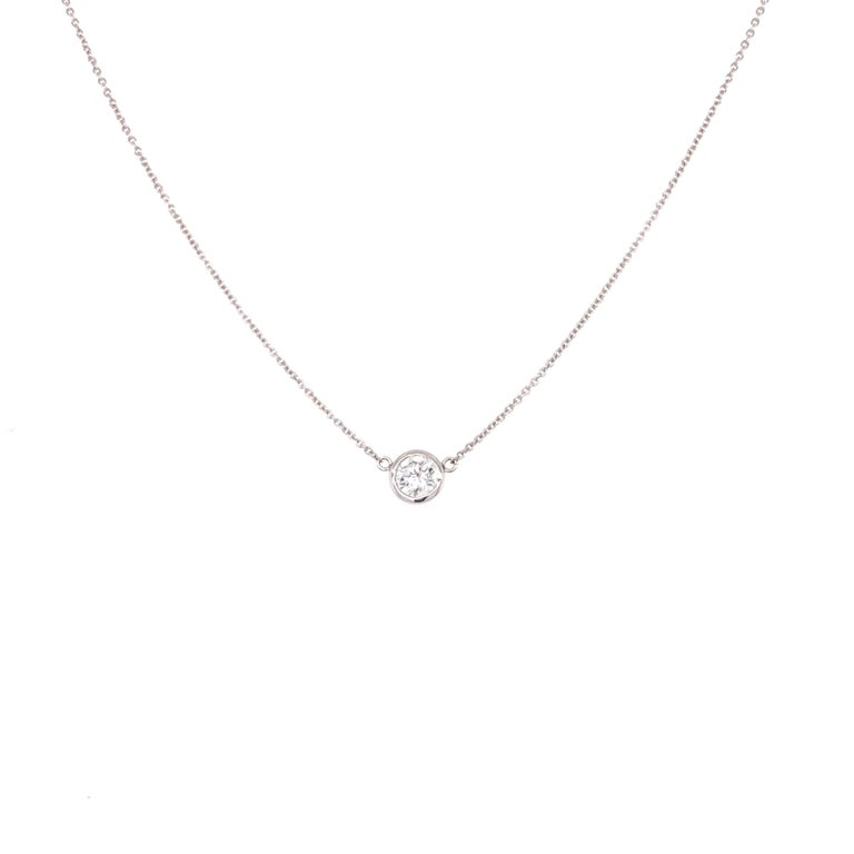Bezzele/Solitaire Diamond Pendant Necklace made with real/natural brialliant cut diamonds. Total Diamond Weight: 0.38cts. Diamond Quantity: 1. Mounted on 18kt white gold, two setting adjustable chain.