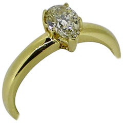 Solitaire Ring, 18 Carat Yellow Gold, Pear Shaped Diamond, 0.84 Carat