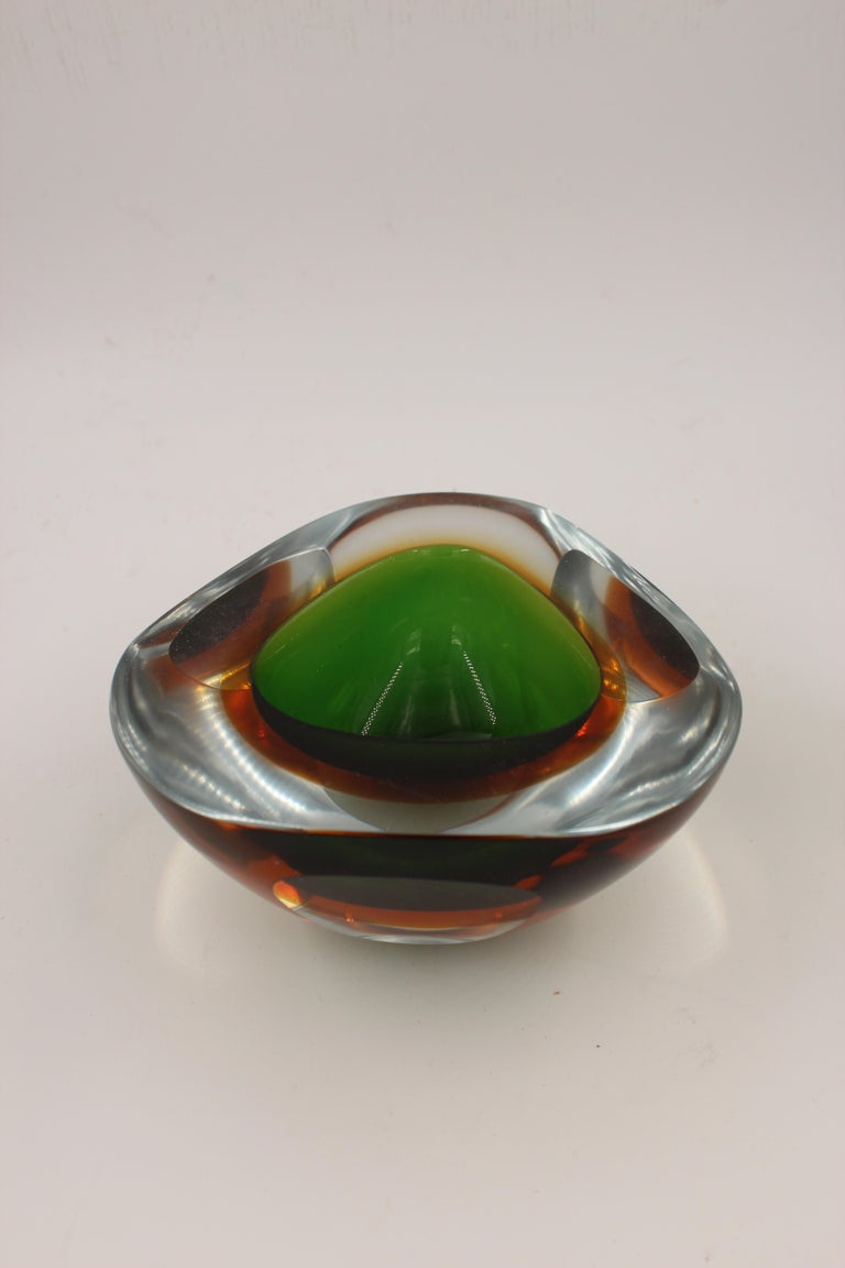 Sommerso Murano Glass Decorative Bowl Attributed to Flavio Poli, Italy, 1960 For Sale 2