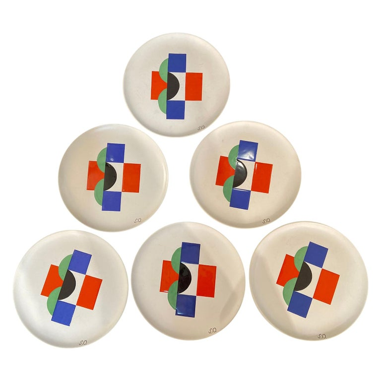 Sonia Delaunay, Set of 6 Plates and 1 Large Plate, circa 1985 For Sale