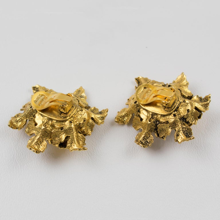 Sonia Rykiel Jeweled Leaves Clip Earrings In Excellent Condition For Sale In Atlanta, GA