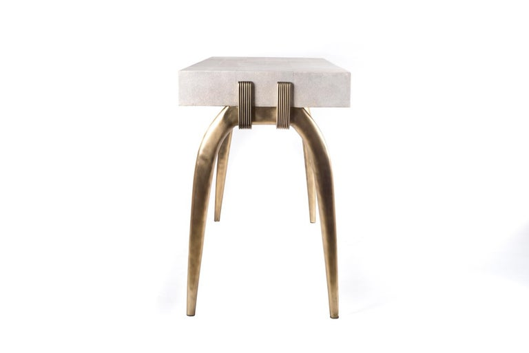 Sonia Writing Desk in Cream Shagreen and Bronze-Patina Brass by R&Y Augousti In New Condition For Sale In New York, NY