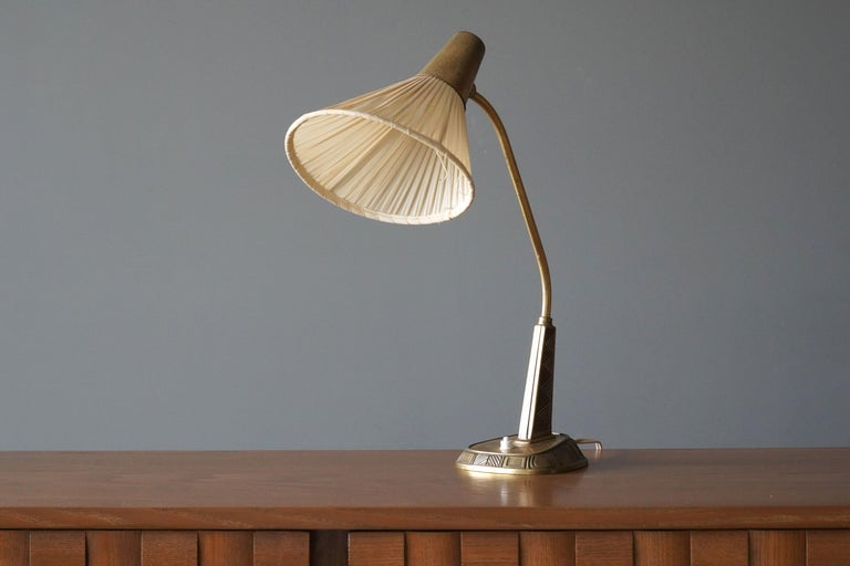 Sonja Katzin, Adjustable Table Lamp, Brass, Fabric, for ASEA, Sweden, 1950s In Good Condition For Sale In West Palm Beach, FL
