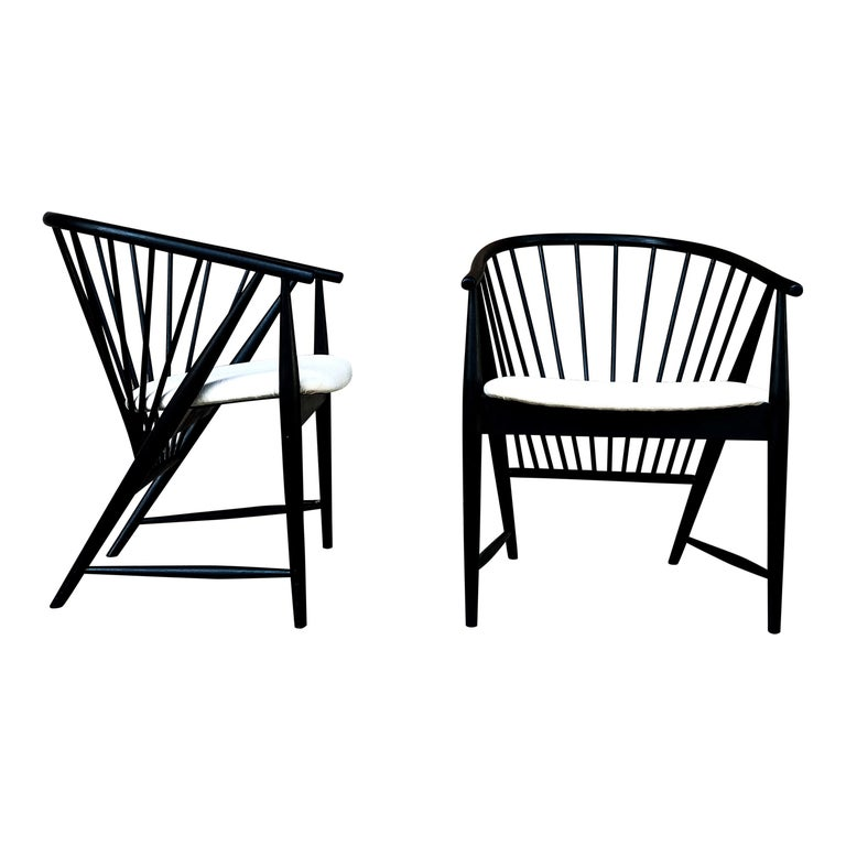 "Sonna Rosen Black Lacquered Midcentury ""Sunfeather"" Lounge Chair, 1954, Set of 2 For Sale"