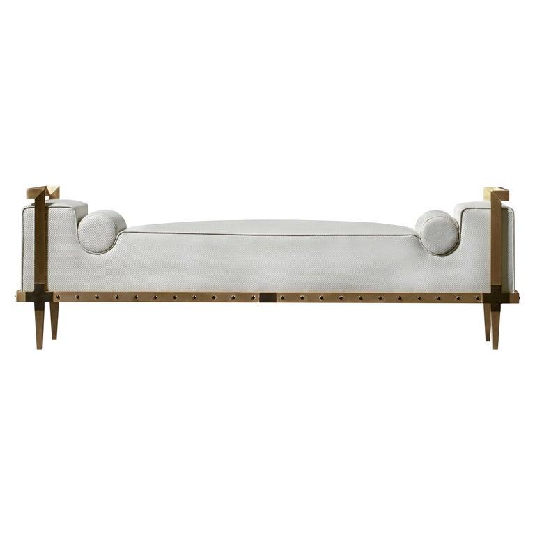 Sonnet Bank, Zeitgenössisch Gepolstert, Solide Messing Bank mit Bronze Details 1