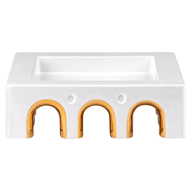 Sophia Medium White Ceramic and 24-Karat Gold Details Handcrafted Centerpiece