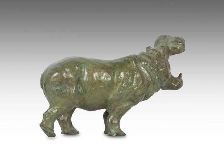 SOPHIE MARTIN Figurative Sculpture - Bronze Yawning Hippopotame