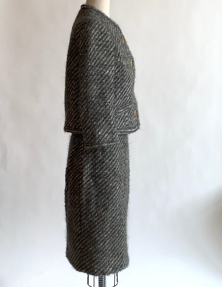 Women's Sophie of Saks Sophie Gimbel Grey 1960s Skirt Suit in Grey and White Fuzzy Weave For Sale