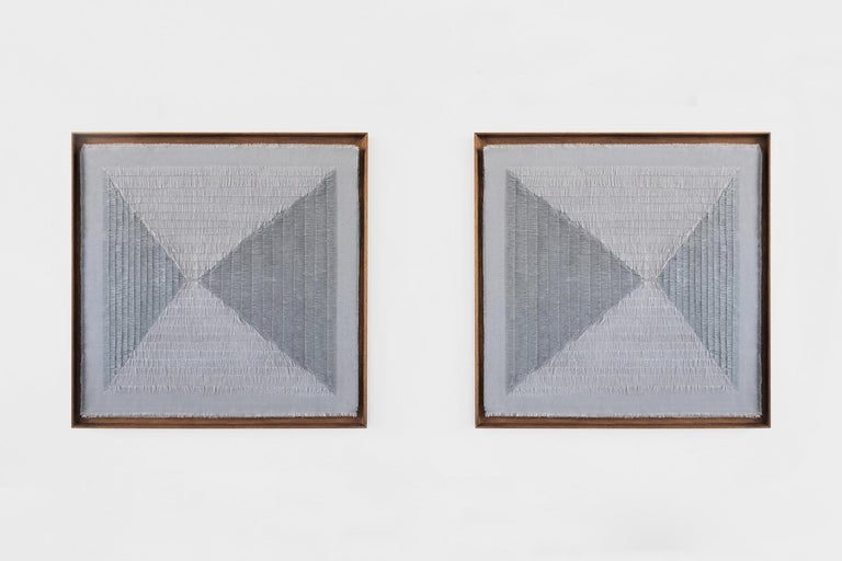 Tapestry model Khadi Fray Manufactured by Sophie Rowley Berlin, 2019 ?Hand-loomed jute and cotton  Measurements: 90 cm x 90 cm 35.43 in x 35.43 in  Biography Sophie Rowley (1986 in New Zealand) is a material designer based in Berlin? With