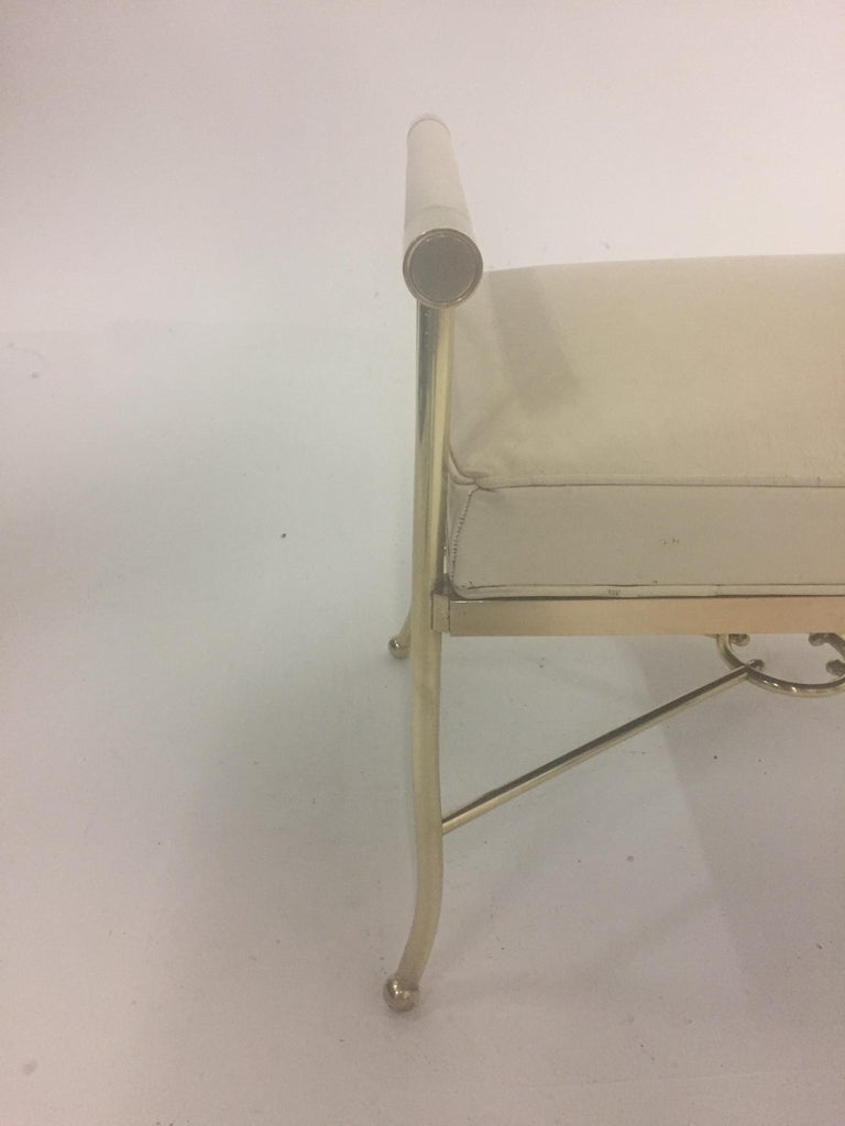 Mid-20th Century Sophisticated Brass Bench with Creamy Off White Leather For Sale