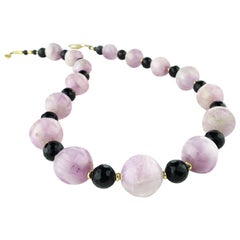 Gemjunky Sophisticated Kunzite and Black Onyx Necklace