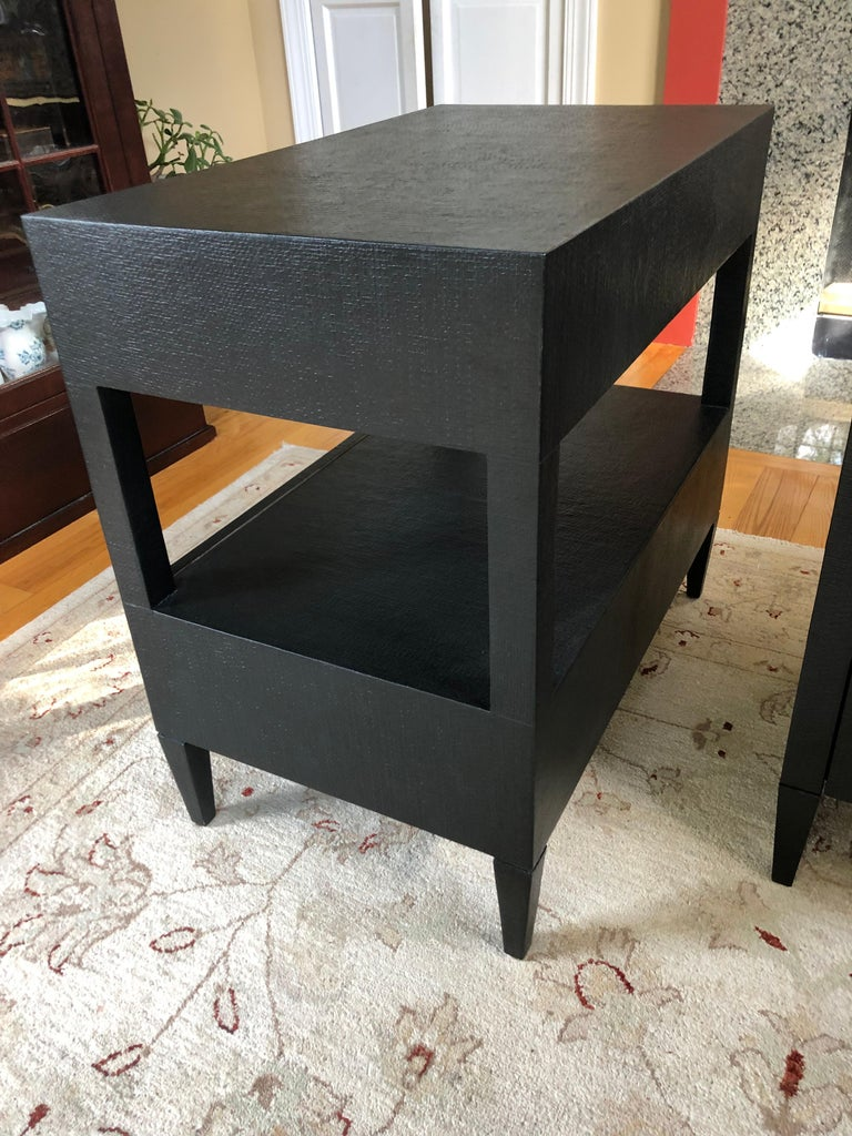 American Sophisticated Pair of Two-Drawer Raffia Wrapped Black Nightstands End Tables For Sale