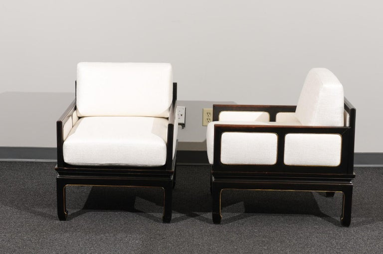 Sophisticated Restored Pair of Lounge Chairs by Baker Furniture, circa 1960 For Sale 6