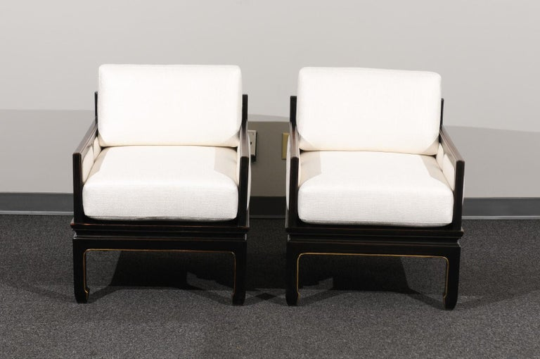 Sophisticated Restored Pair of Lounge Chairs by Baker Furniture, circa 1960 For Sale 7