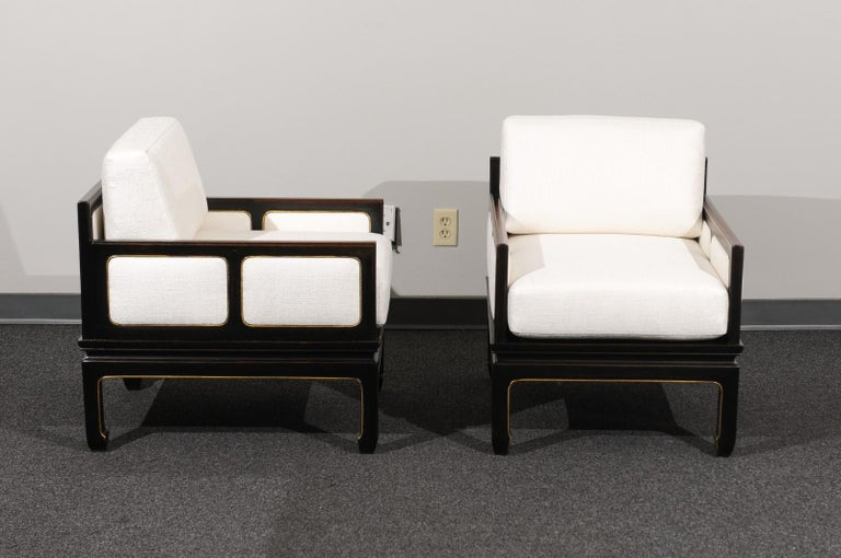 Mahogany Sophisticated Restored Pair of Lounge Chairs by Baker Furniture, circa 1960 For Sale
