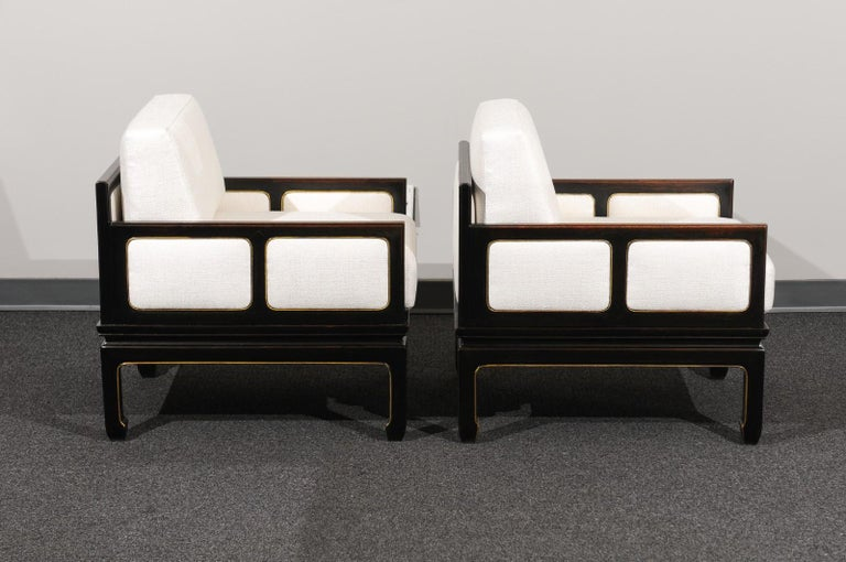 Sophisticated Restored Pair of Lounge Chairs by Baker Furniture, circa 1960 For Sale 1