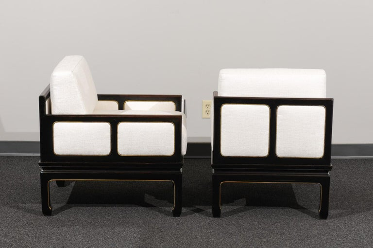 Sophisticated Restored Pair of Lounge Chairs by Baker Furniture, circa 1960 For Sale 2