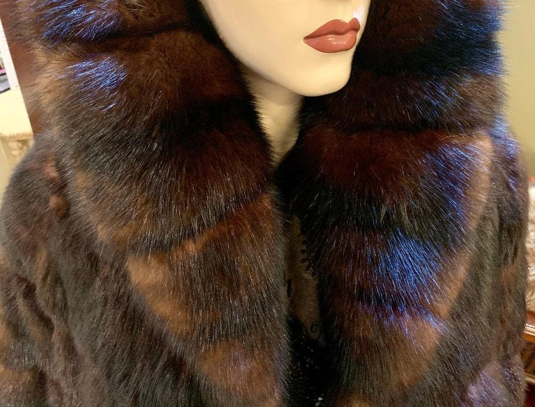 Sophisticated Russian Sable Mid Length Fur Coat with 3/4 Length Sleeves For Sale 10
