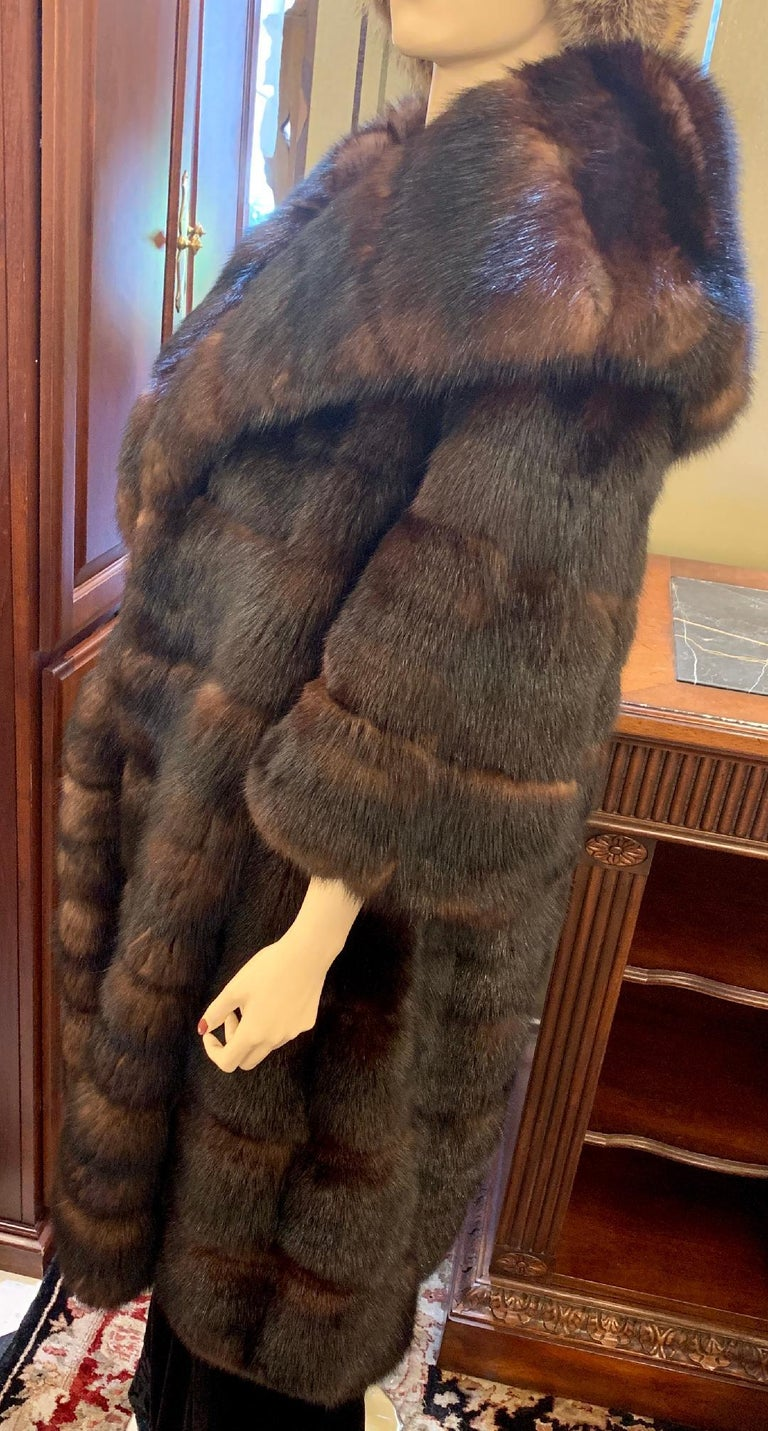 Sophisticated Russian Sable Mid Length Fur Coat with 3/4 Length Sleeves For Sale 13