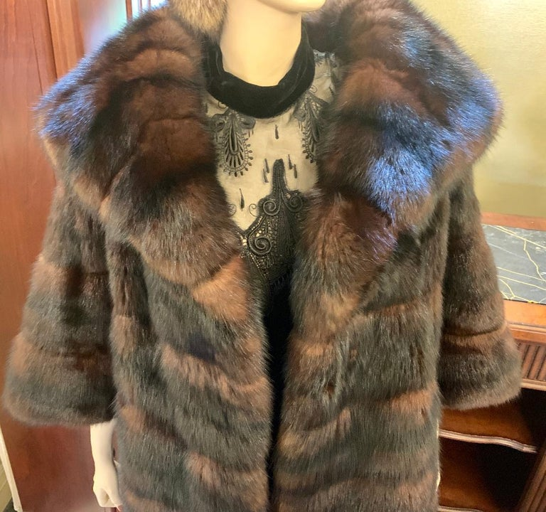 Sophisticated Russian Sable Mid Length Fur Coat with 3/4 Length Sleeves In Excellent Condition For Sale In Tustin, CA