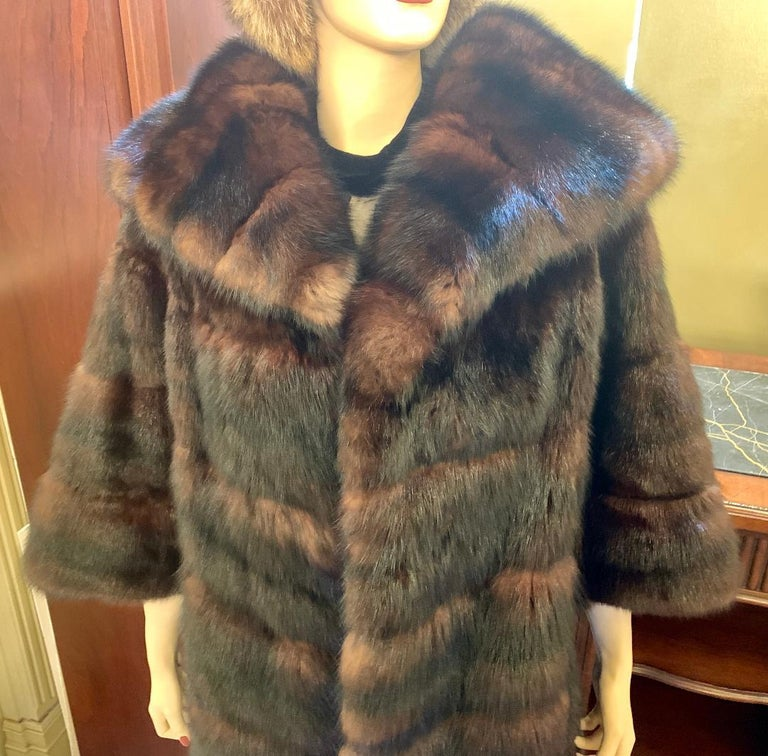 Women's Sophisticated Russian Sable Mid Length Fur Coat with 3/4 Length Sleeves For Sale
