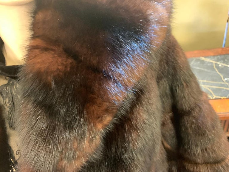 Sophisticated Russian Sable Mid Length Fur Coat with 3/4 Length Sleeves For Sale 5