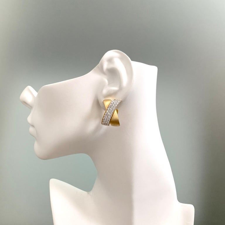 Sophisticated X-shape Pave and Vermeil Clip-on Earrings In New Condition For Sale In Los Angeles, CA
