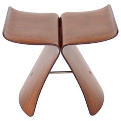 Sori Yanagi Butterfly Stool Japanese Design