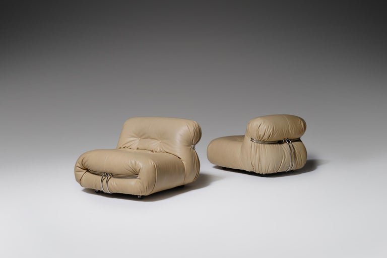 Stunning pair of Soriana lounge chairs by Afra & Tobia Scarpa for Cassina, Italy, 1969. The chairs are reupholstered in a natural, smooth and high quality beige colored leather, giving them a rich appearance. The foam is in the original round and