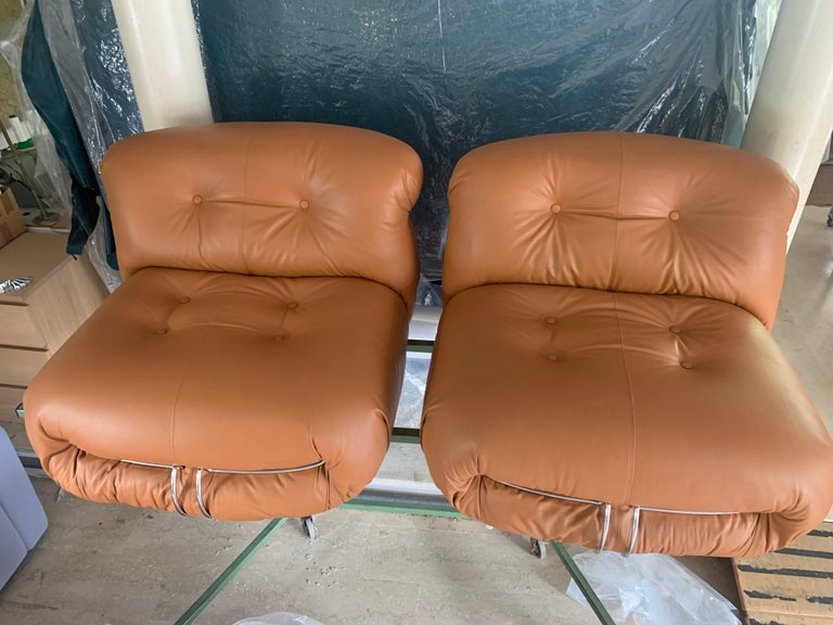 Mid-Century Modern Soriana Sofa and Two Lounge Chairs, Design Tobia Scarpa for Cassina For Sale