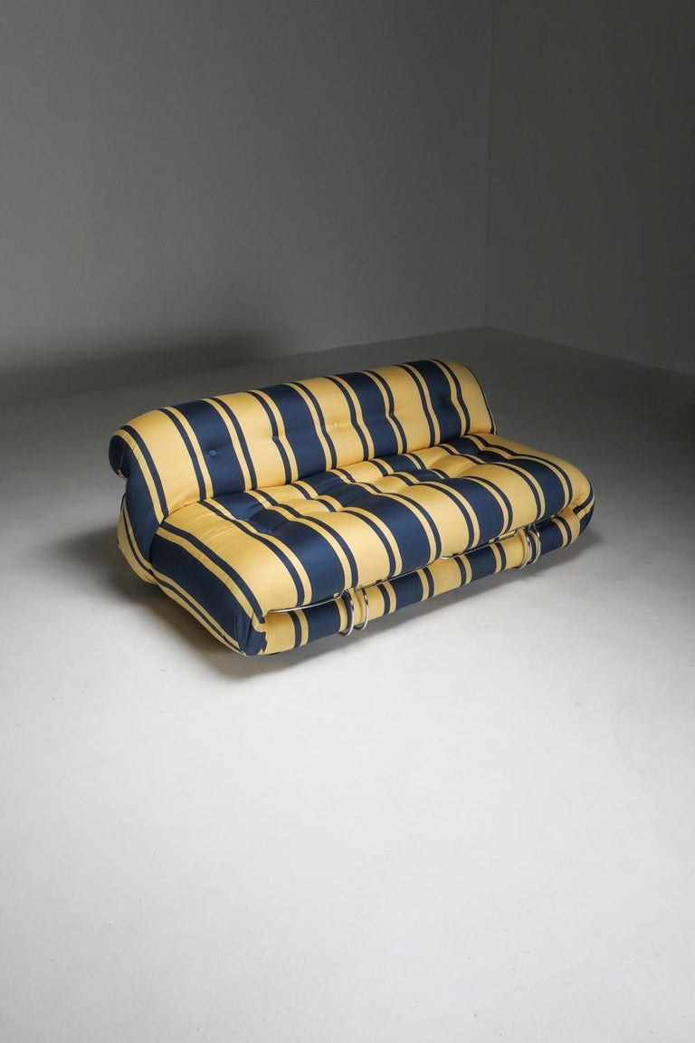 Soriana Two-Seat Sofa by Afra e Tobia Scarpa for Cassina For Sale 3