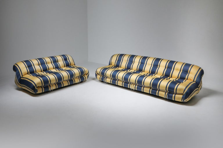 Soriana Two-Seat Sofa by Afra e Tobia Scarpa for Cassina For Sale 7