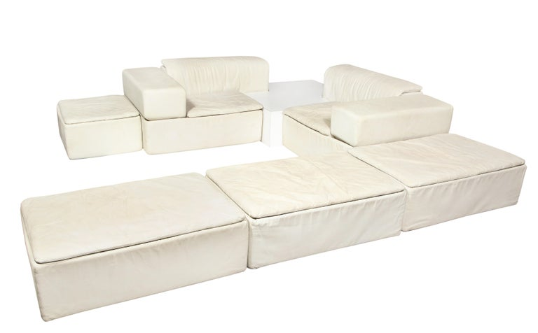 Sormani, Claudio Salocchi palone modular white leather sectional sofa, Italy, 1970s  Very rare seven piece sectional in very good condition. Can be configured in multiple ways, but below shows all seven pieces together. This is a one of a kind