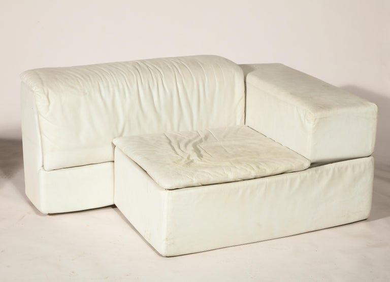 sormani claudio salocchi palone white leather sectional sofa italy 1970s for sale at 1stdibs. Black Bedroom Furniture Sets. Home Design Ideas