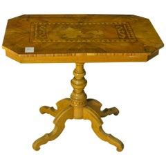 Sorrentino Rectangular Table in Inlaid Walnut of Italian Origin, 1780