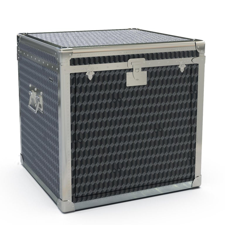 Sound System Trunk In New Condition For Sale In Milan, IT